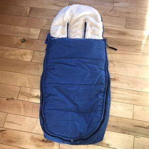 LL Bean Ultra Plush Snow Bunting sled/ stroller